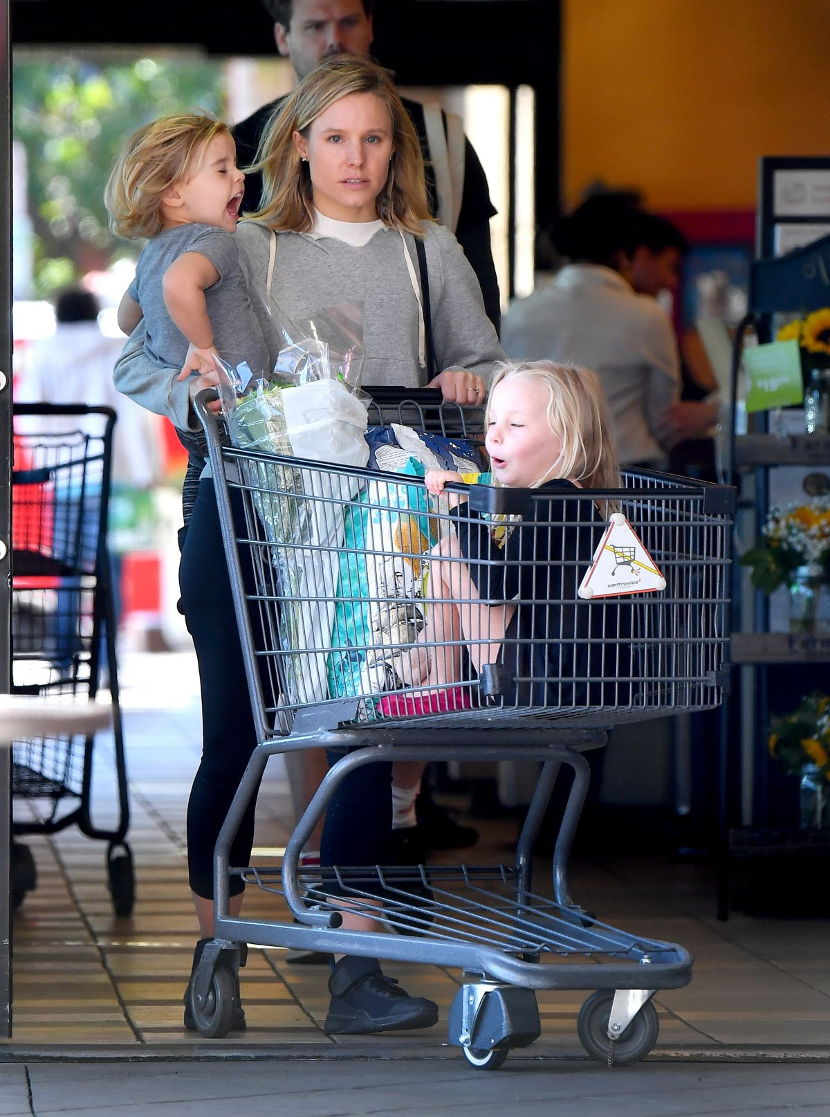 Image result for kristen bell with kids
