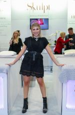 Olivia Buckland Attends the Professional Beauty London, ExCel London at Royal Victoria Dock, 1 Western Gateway in London
