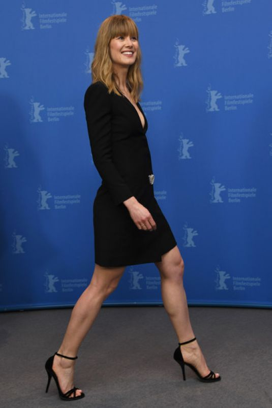Rosamund Pike At the �...