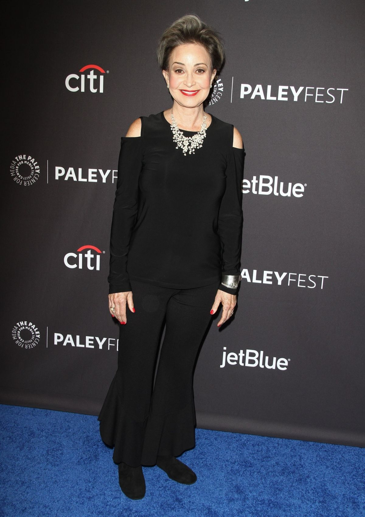 Annie Potts At The 35th Annual PaleyFest 'The Big Bang ... Annie Potts 2018