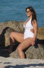 Ashley Graham On a photoshoot on the beach in Miami