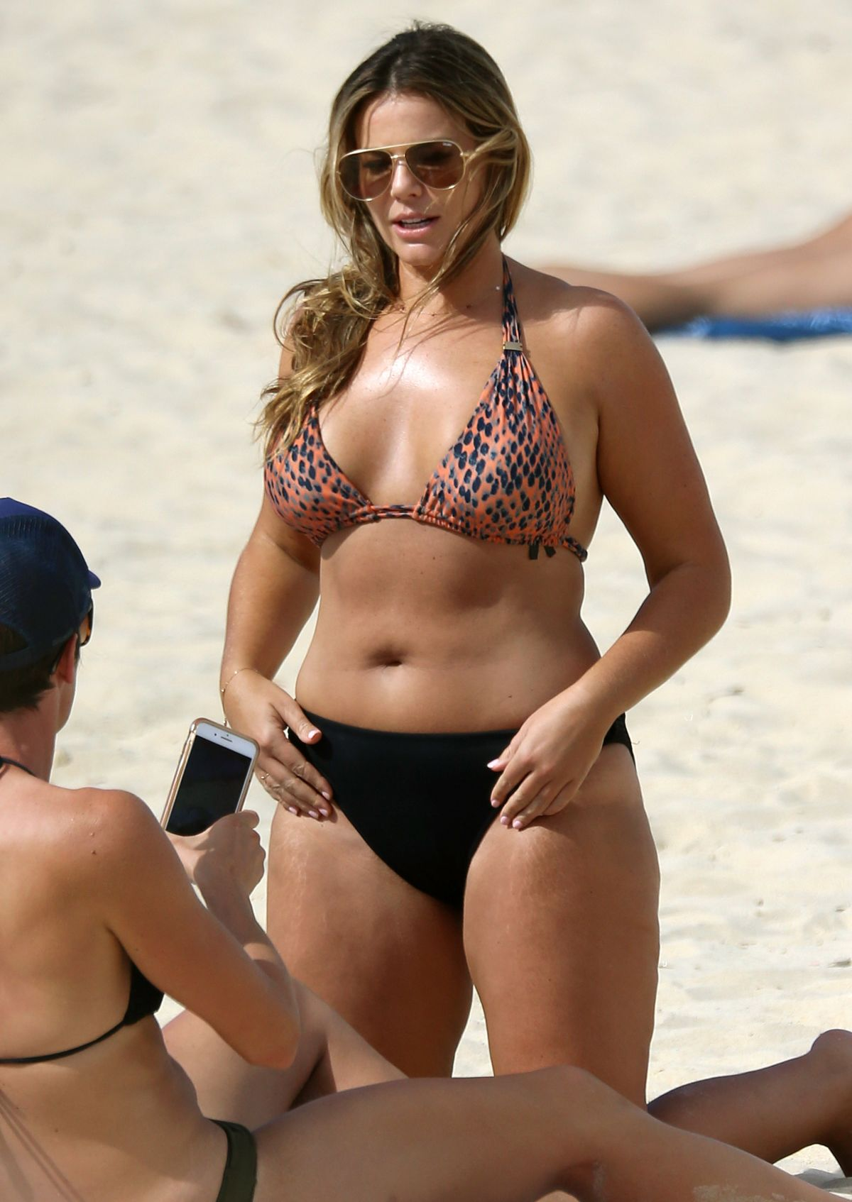 Fiona Falkiner in Bikini at Coogee Beach in Sydney Pic 4 of 35
