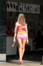 Frenchy Morgan Spotted leaving a Sees candy during a shopping trip in Malibu