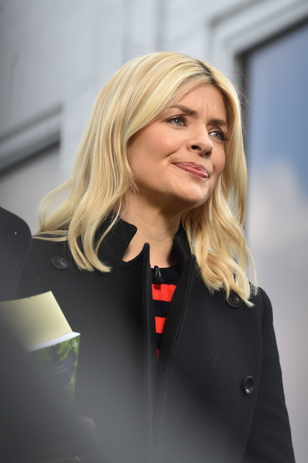 holly willoughby - photo #23