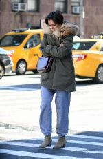 Katie Holmes Was absent from The Oscars but is seen holding a cup of Coffe while in in New York City
