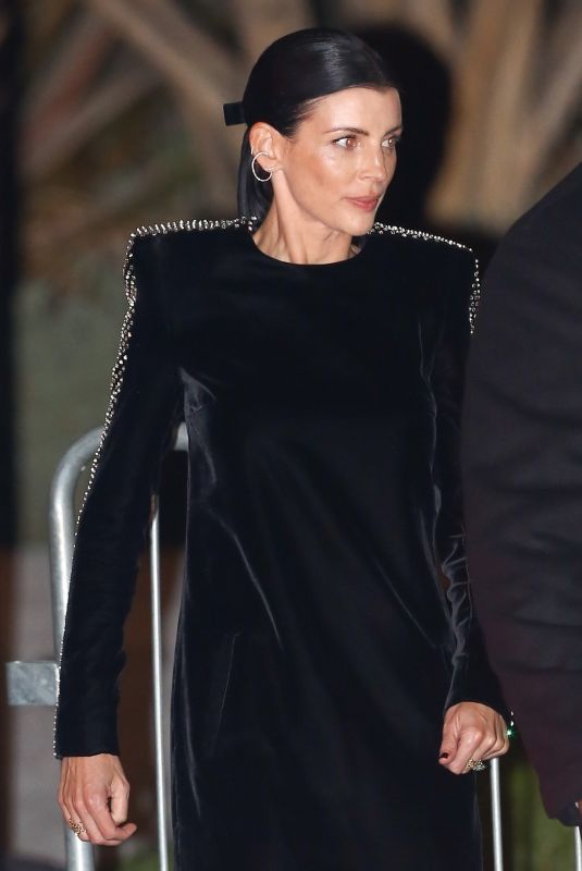 Liberty Ross Exits the Vanity Fair Oscar Party in Beverly Hills