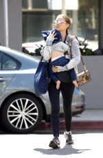 Natalie Portman Enjoys Lunch with a Friend at Vegetarian Restaurant in West Hollywood