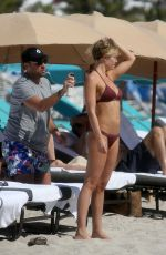 Samantha Hoopes Wears a maroon bikini with boyfriend Salvatore Palella in Miami