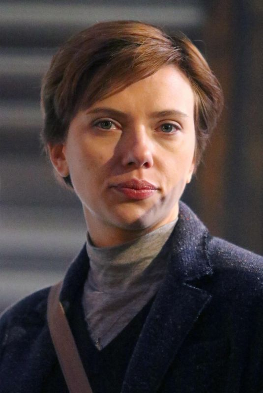 Scarlett Johansson On The Set Of Noah Baumbach Film In New