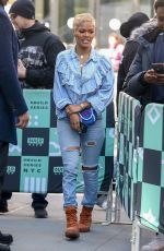 Teyana Taylor Exits AOLBuild with a cute short blonde hairdo, stopping to pose with her fans in New York