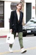Willa Holland Seen picking up her food at Joan