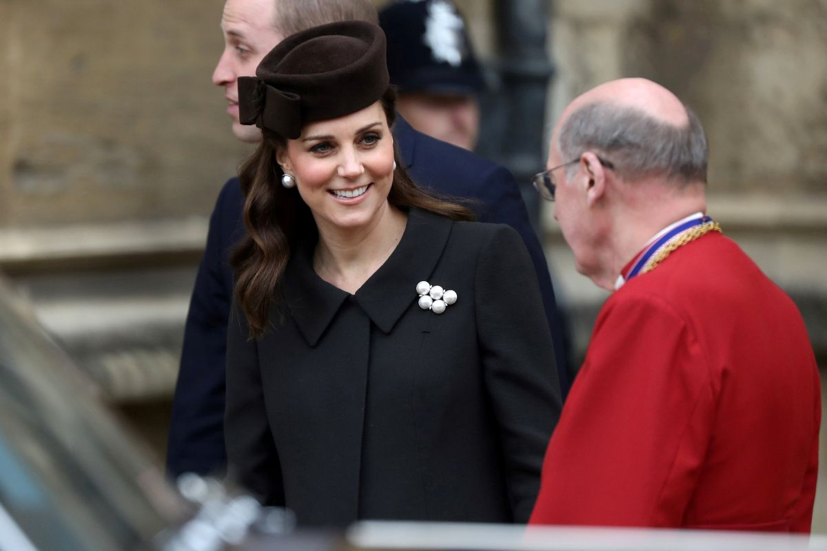 catherine the duchess of cambridge attends an easter service in windsor england 5 - Royal Kate And William