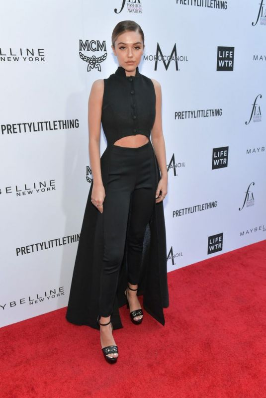 Delilah Belle Hamlin At The Daily Front Row Fashion Awards in LA