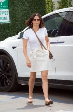 Jenna Dewan Is spotted going to a salon in Los Angeles