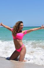 Jennifer Nicole Lee In pink as she hits the beach in Miami
