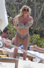 Jessica Simpson and husband Eric Jonson enjoy the day at the beach with friends, Bahamas