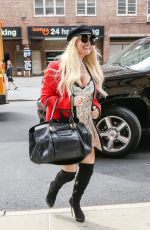 Jessica Simpson Looks chic while returning to her hotel in New York City