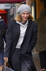 Katharine McPhee Arrives to her first day of work for the Broadway musical