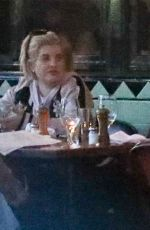 Kelly Osbourne Out for lunch with her friends at Little Dom