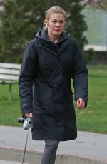 LeAnn Rimes Takes her dogs for a walk in Vancouver