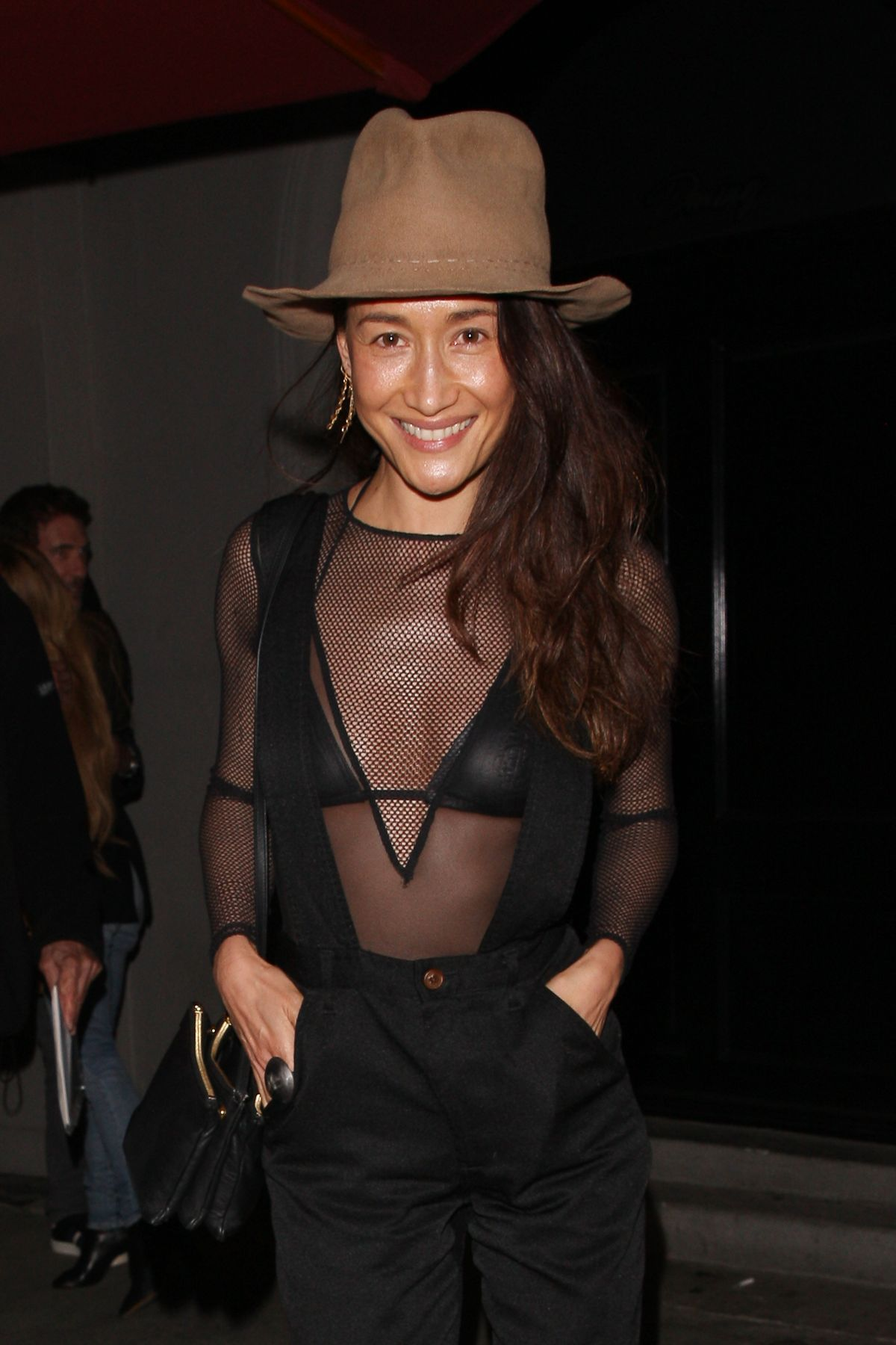 I Took Stunning Photo Of Dylan At >> Maggie Q Looks Stunning As She And Dylan Mcdermott Are All Smiles As
