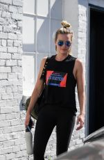 Margot Robbie Leaves her gym after an early workout in Los Angeles