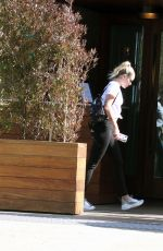 Miley Cyrus & Liam Hemsworth Out for lunch in Malibu
