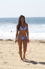 Sarah Jane Crawford Spotted on the beach in Santa Monica