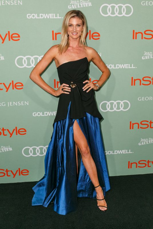 Amy Pejkovic At Women of Style Awards - Red Carpet Arrivals, Museum of Contemporary Art, Sydney