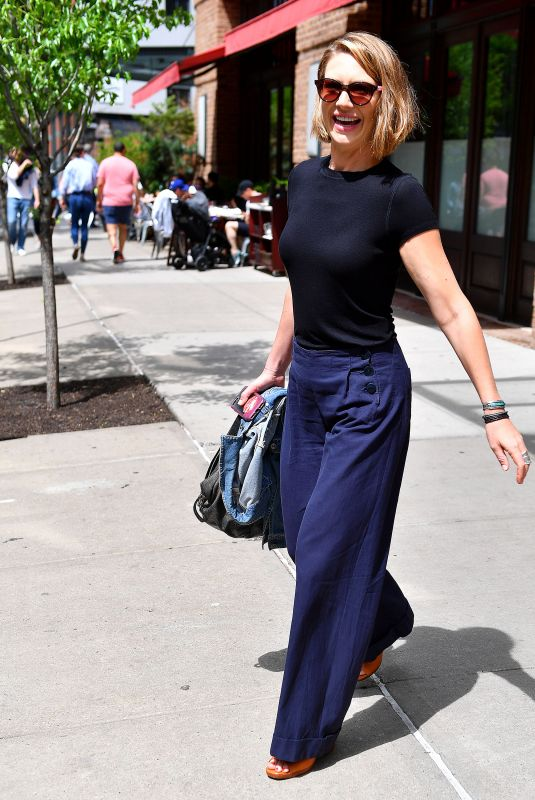 Anna Torv Out in New York City