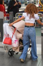 Chelsee Healey At Manchester Piccadilly Train Station