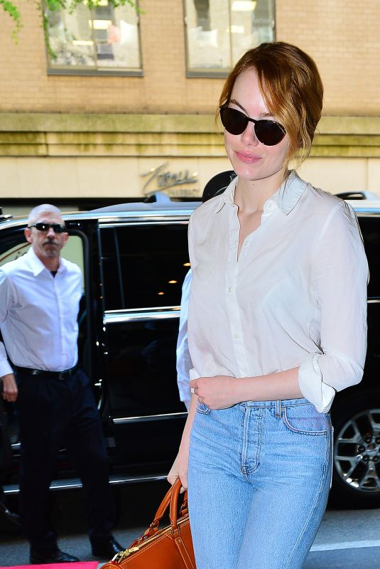 Emma Stone Arrives to the Carlyle hotel to get ready for Met Gala in NYC