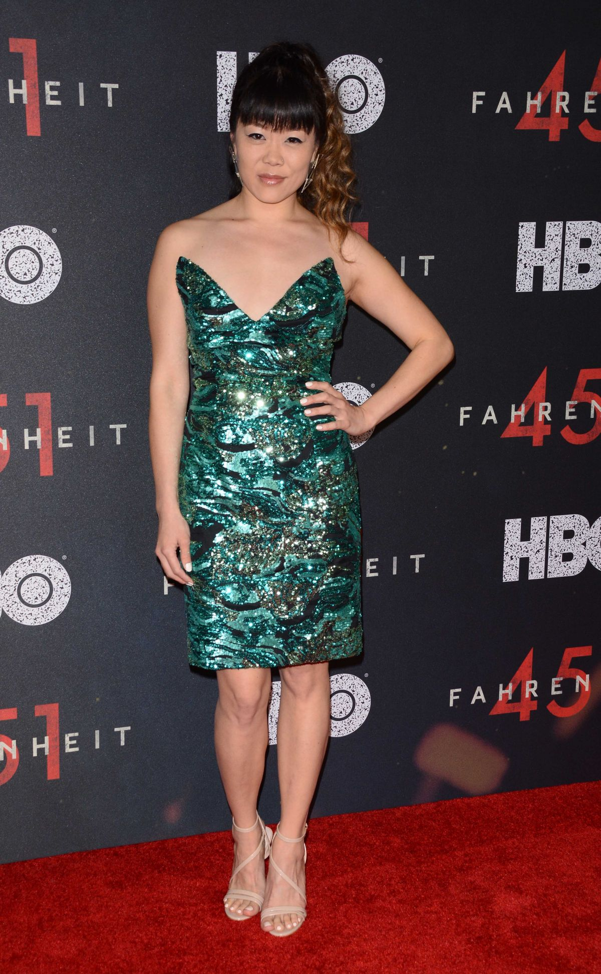 Watch Grace Lynn Kung video