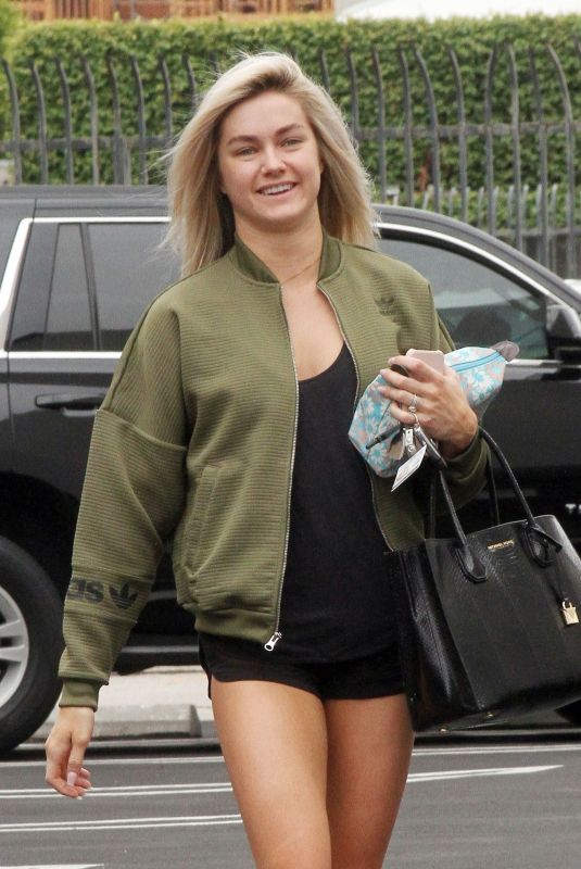 Lindsay Arnold At the Dancing with the stars Rehearsal Studios in Los Angeles