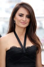 Penelope Cruz At Everybody Knows Photocall during 71st Cannes Film Festival