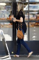 Amy Smart Out for breakfast at Joan