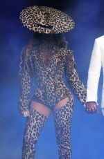 "Beyonce Knowles At ""On The Run II Tour"" London"