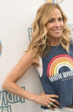 Sheryl Crow Poses Backstage at the 2018 Isle Of Wight Festival