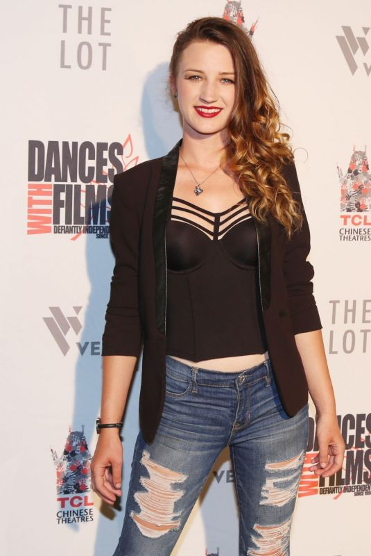 Sky Azure Van Vliet At An American in Texas West Coast Premiere in Los Angeles