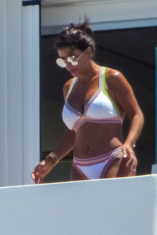 Daniella Semann At the pool while on holiday in Mykonos Island, Greece