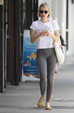Emma Roberts Arriving to Cycle House Spinning Class in Studio City