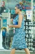 Eva Mendes Makes a quick trip to the convenience store in Los Angeles