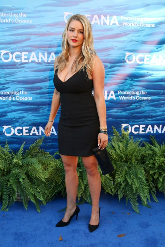 Hassie Harrison At 11th Annual SeaChange Summer Party on the Private Residence