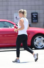 Jennie Garth Hits the gym in Los Angeles