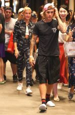 Justin Bieber & Hailey Baldwin Get mobbed by fans as they leave lunch in Dumbo