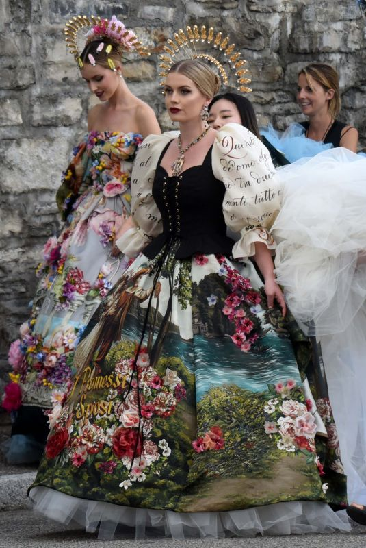 Kitty Spencer Attends the lake Como fashion show of Dolce Gabbana