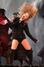 Taylor Swift Performs during her Reputation tour at MetLife Stadium, East Rutherford