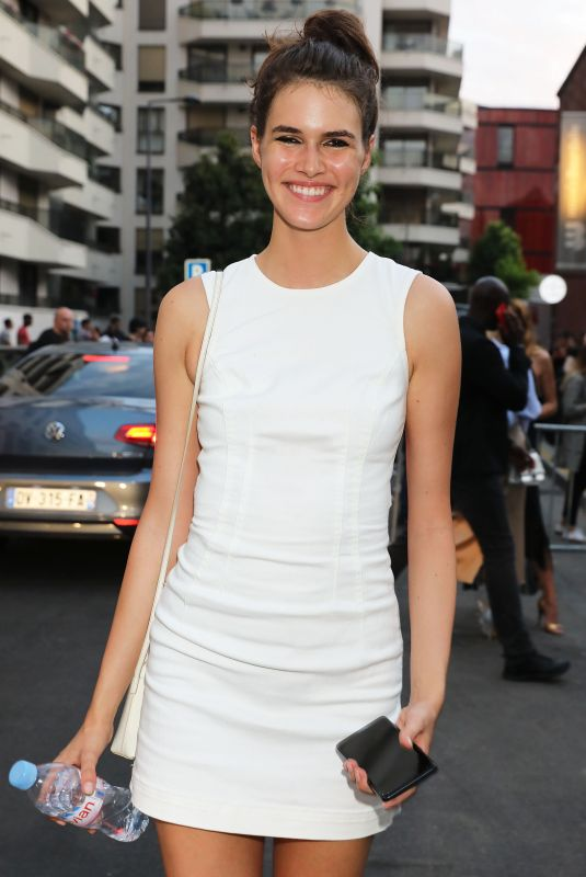 Vanessa Moody Leaving Peter Dundas show Fall 2018 during Haute Couture Week wearing white short dress in Paris