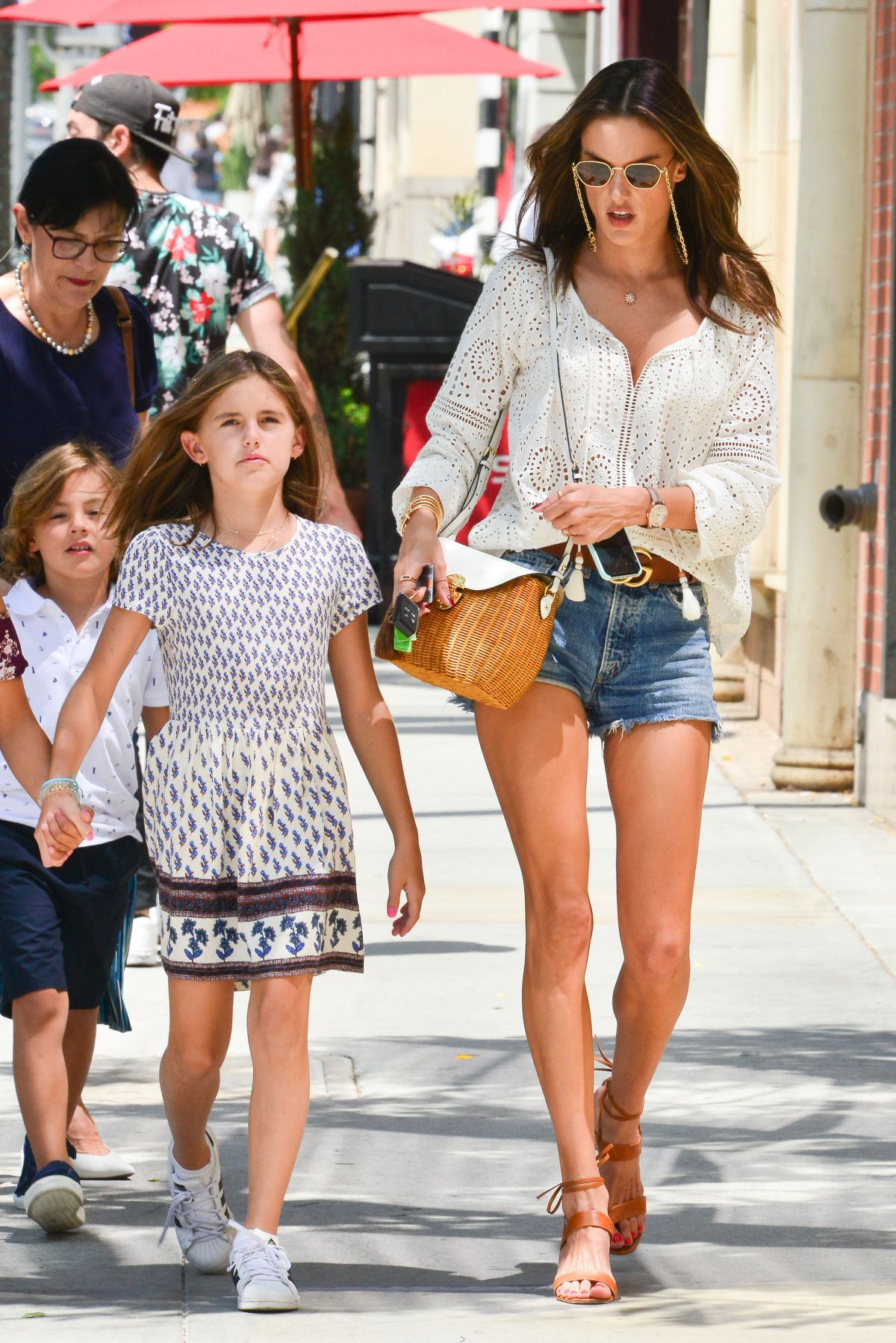 f0cac8209e9 Alessandra Ambrosio Takes her daughter out to lunch on her 10th Birthday at  Avra Estiatorio in