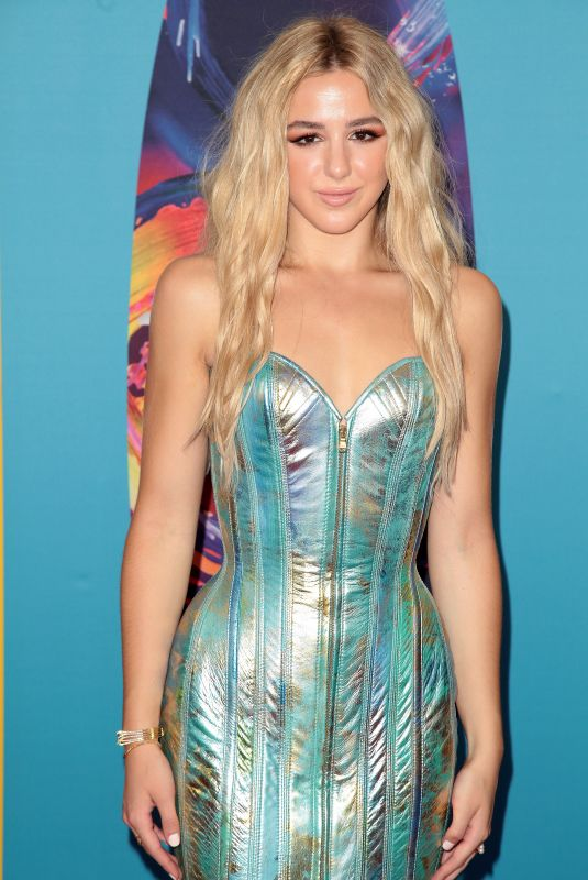 Chloe Lukasiak At Teen Choice Awards 2018 at The Forum in Beverly Hills